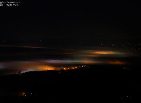 Nebbia vista dall'alto… di notte