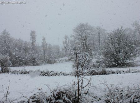 La nevicata di oggi, 28 Dicembre 2017, a Cantone (foto e video)